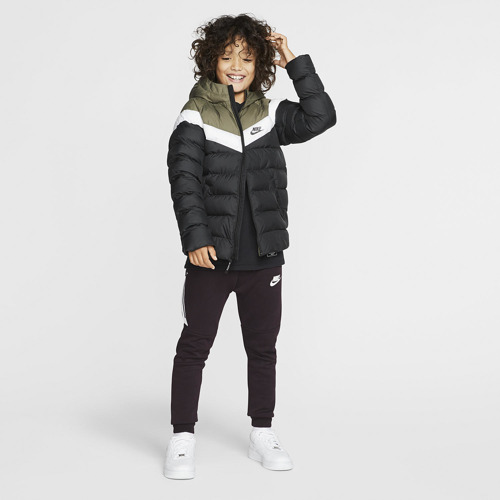 KURTKA JUNIOR NIKE JACKET FILLED MULTIKOLOR 939554-015